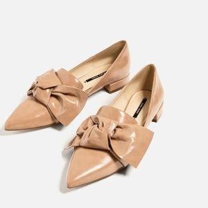 Zara Nude Flats w/Bow Detail